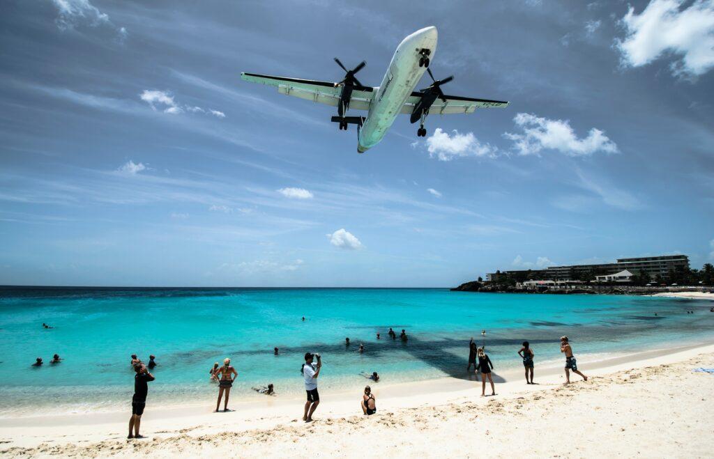 plane flying hilton head